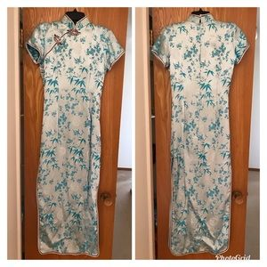 Used Chinese Cheong Saam/QiPo Dress